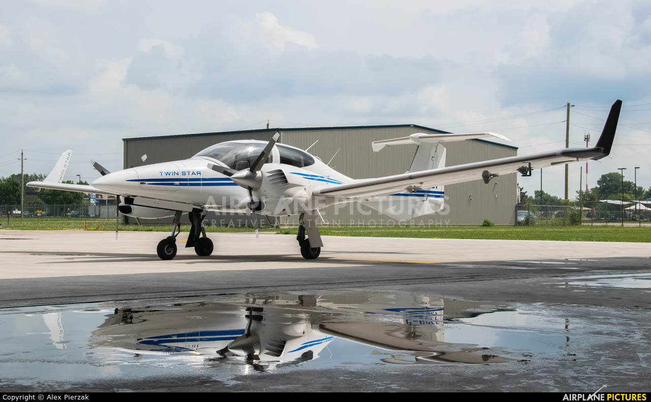 Private C-GCEF aircraft at Windsor, ON
