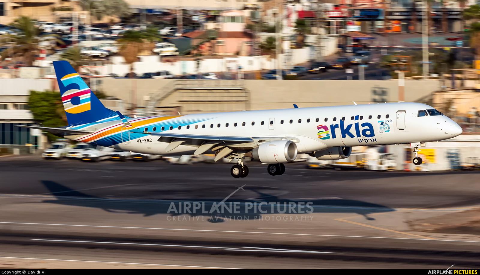 Arkia 4X-EMC aircraft at Eilat - J. Hozman
