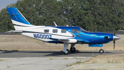 N600DT - Private Piper M600