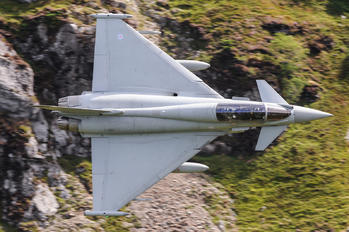 ZJ802 - Royal Air Force Eurofighter Typhoon T.3