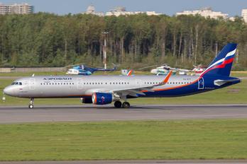 VQ-BTT - Aeroflot Airbus A321