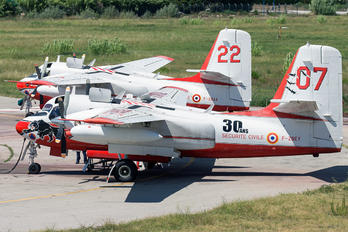 F-ZBEY - Securite Civile Grumman S-2T Turbo Tracker