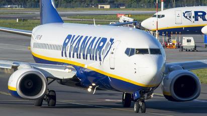 EI-FEI - Ryanair Sun Boeing 737-800