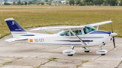 EC-CZT - Private Cessna 182 Skylane (all models except RG)