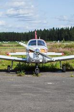 OH-KST - Private Piper PA-28 Warrior