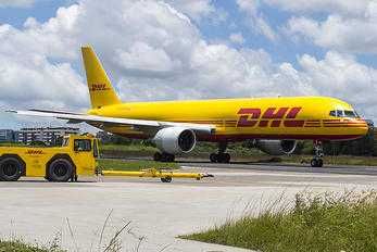HP-1810BAE - DHL Cargo Boeing 757-200WL
