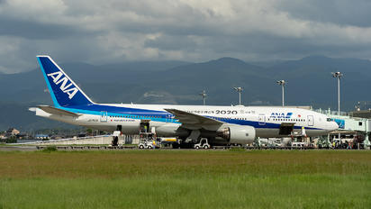 JA745A - ANA - All Nippon Airways Boeing 777-200ER