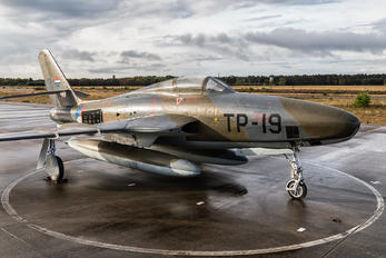 P-5 - Netherlands - Air Force Republic RF-84F Thunderflash