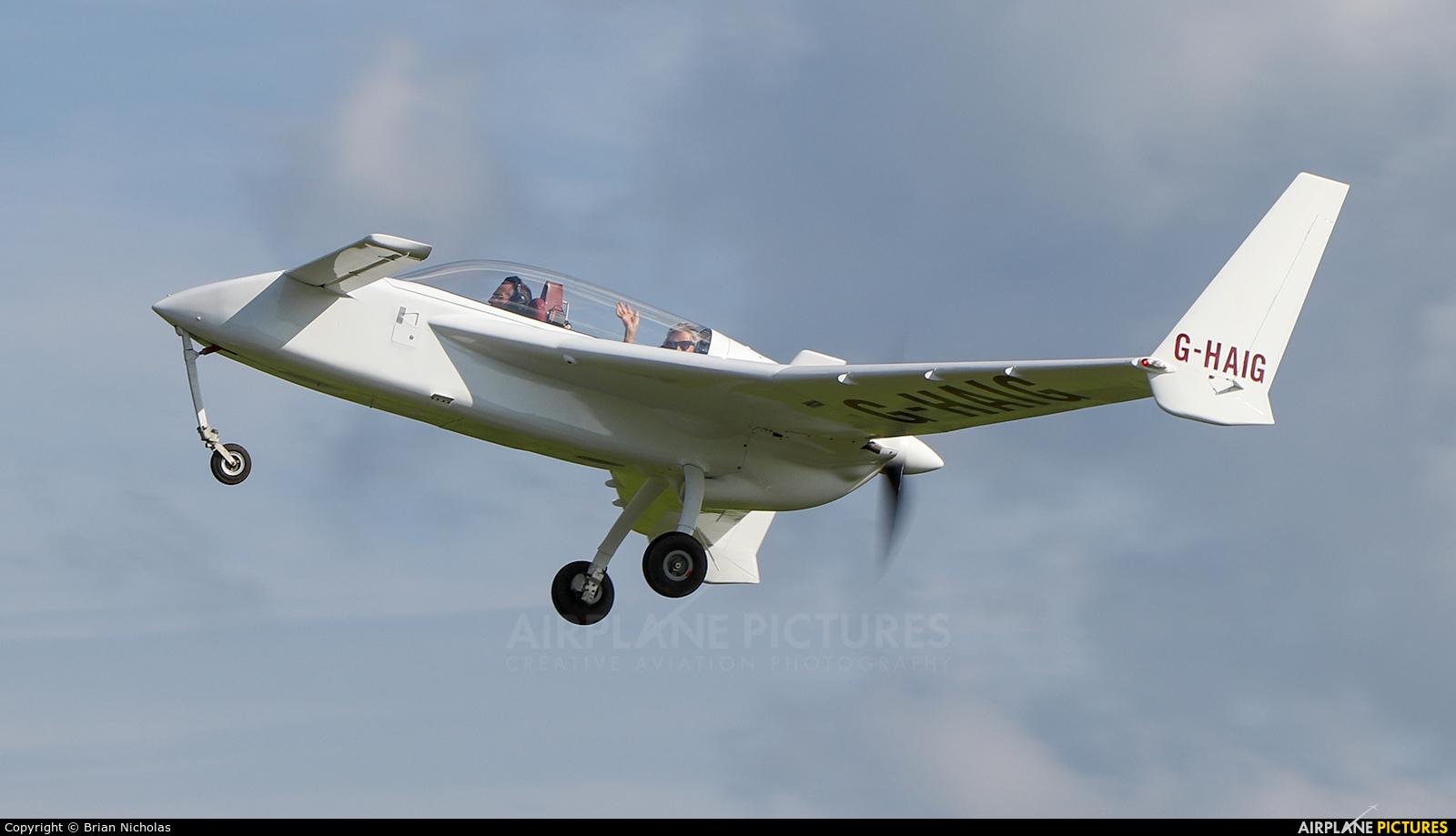 Private G-HAIG aircraft at Welshpool