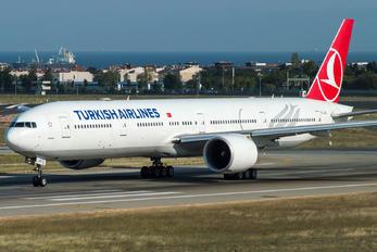 TC-JJS - Turkish Airlines Boeing 777-300ER