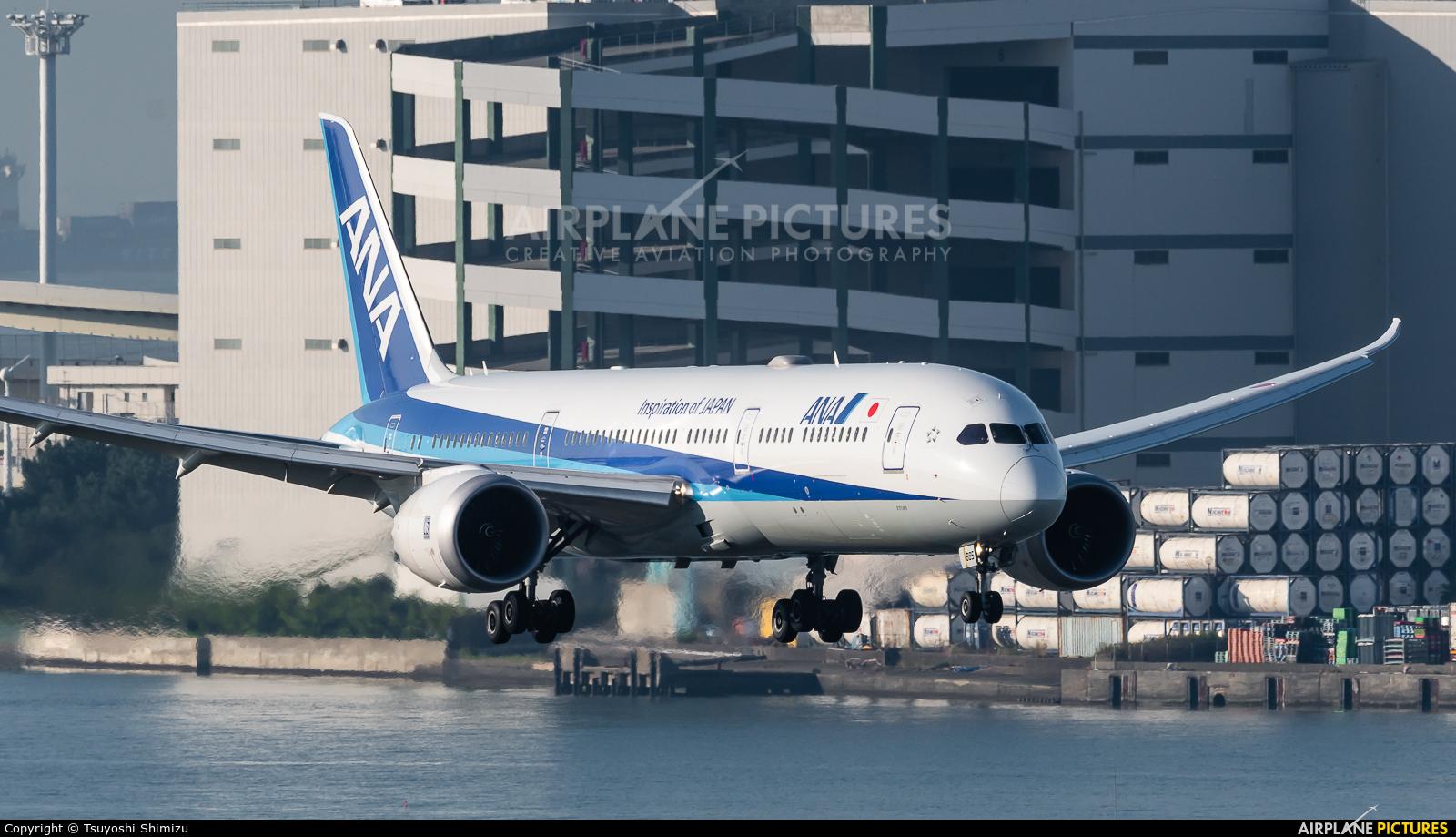 ANA - All Nippon Airways JA885A aircraft at Tokyo - Haneda Intl