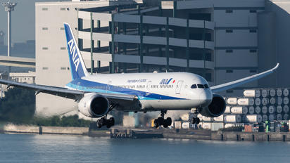 JA885A - ANA - All Nippon Airways Boeing 787-9 Dreamliner