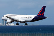OO-SNM - Brussels Airlines Airbus A320 aircraft