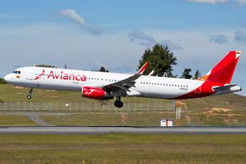 N696AV - Avianca Airbus A321