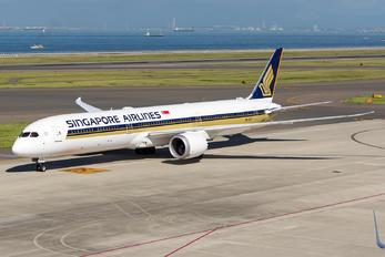 9V-SCF - Singapore Airlines Boeing 787-10 Dreamliner