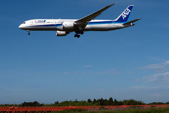 JA871A - ANA - All Nippon Airways Boeing 787-8 Dreamliner