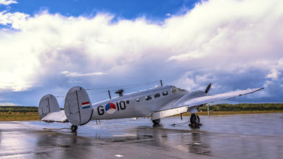 G-10 -  Beechcraft AT-7 Navigator
