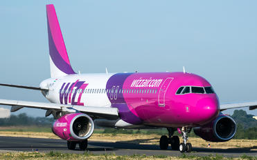 HA-LYP - Wizz Air Airbus A320