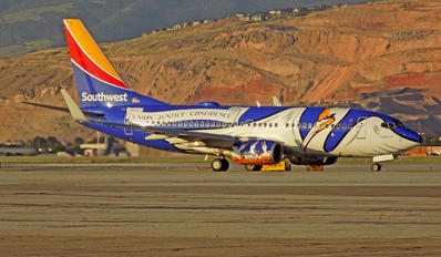 N946WN - Southwest Airlines Boeing 737-700