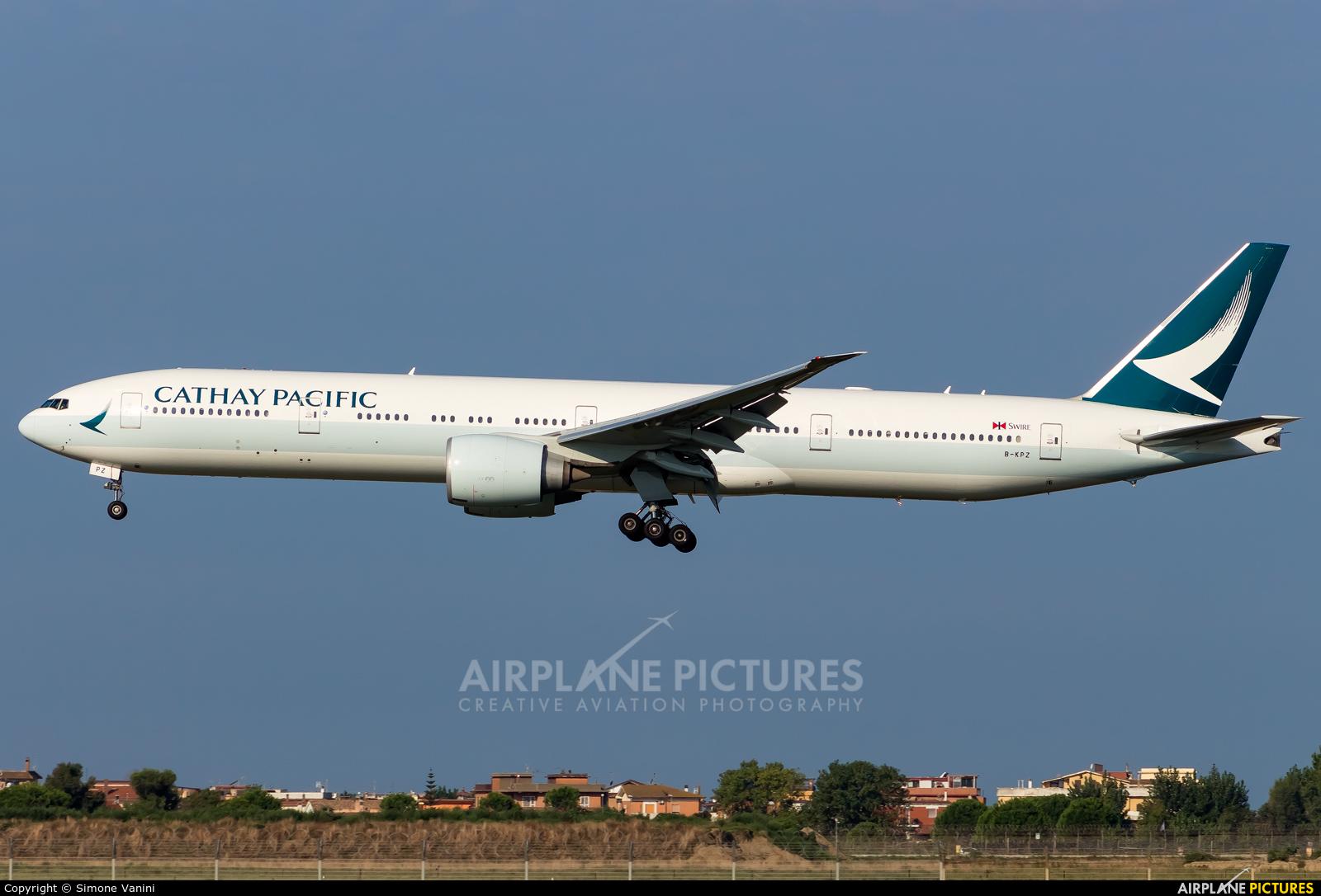 Cathay Pacific B-KPZ aircraft at Rome - Fiumicino