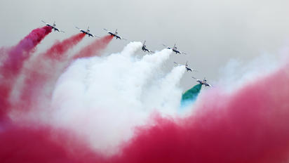 "2 - Italy - Air Force ""Frecce Tricolori"" Aermacchi MB-339-A/PAN"