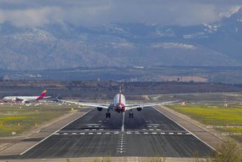EC-MKI - Etihad Airways Airbus A380