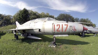 1217 - Poland - Air Force Mikoyan-Gurevich MiG-21U