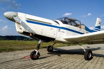 HA-SGX - Private Zlín Aircraft Z-142