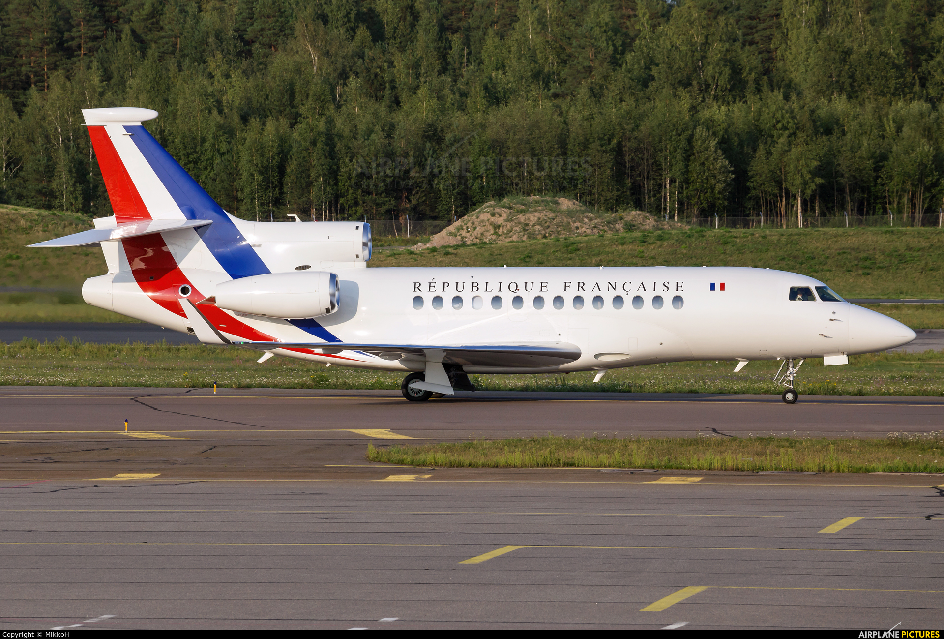 f rafa france air force dassault falcon 7x at helsinki vantaa