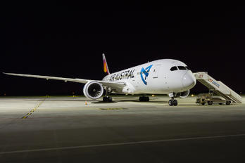 F-LORB - Air Austral Boeing 787-8 Dreamliner