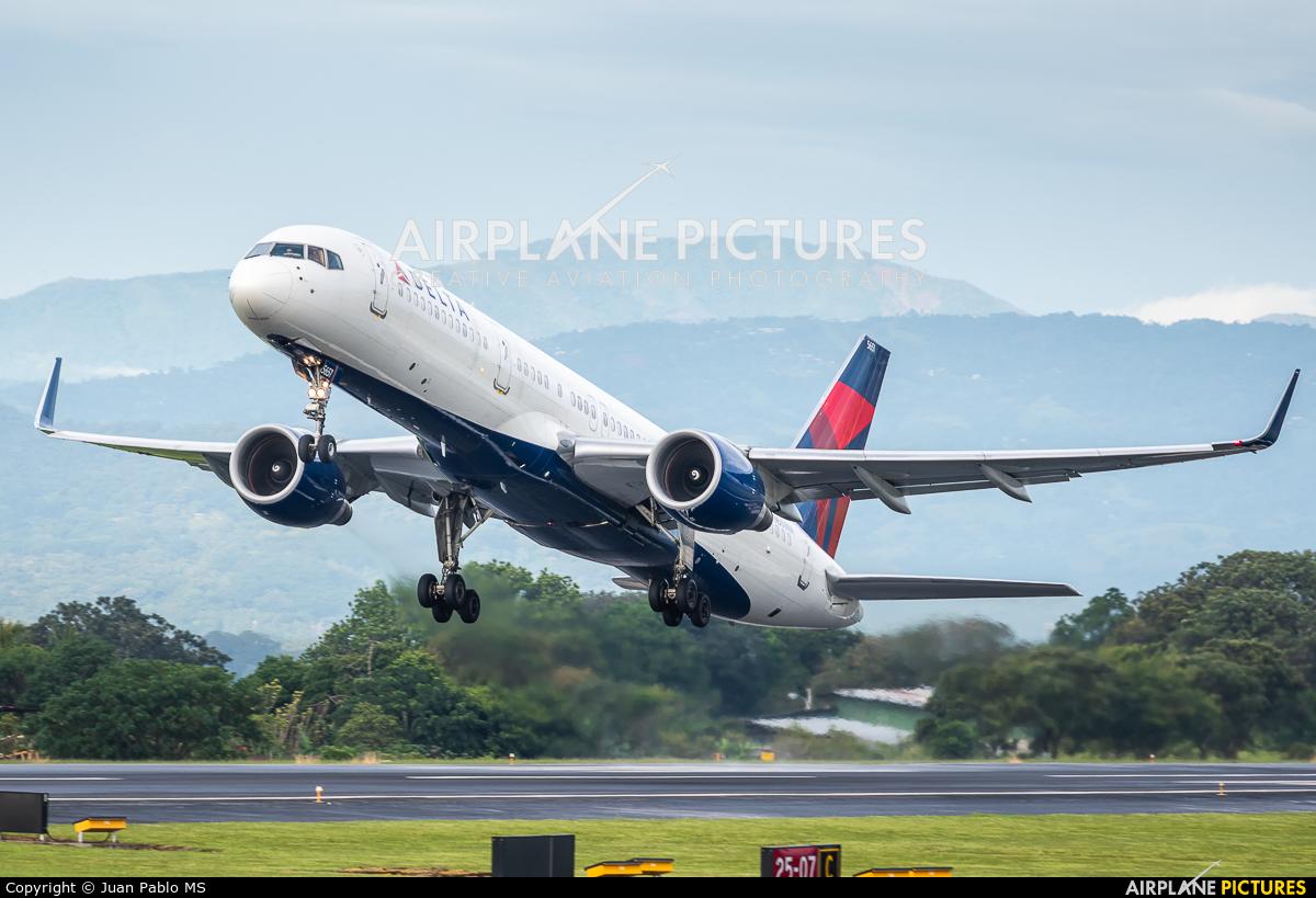 Delta Air Lines N551NW aircraft at San Jose - Juan Santamaría Intl
