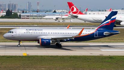 VP-BFE - Aeroflot Airbus A320