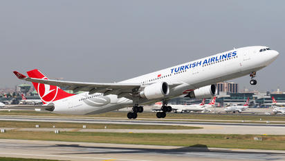 TC-LND - Turkish Airlines Airbus A330-300