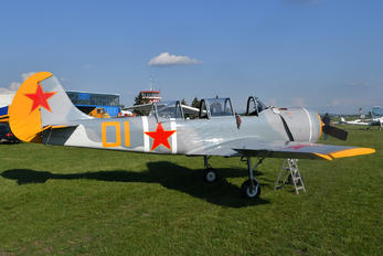 OM-JKK - Private Aerostar SA Yak 52