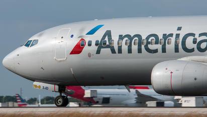 N894NN - American Airlines Boeing 737-800