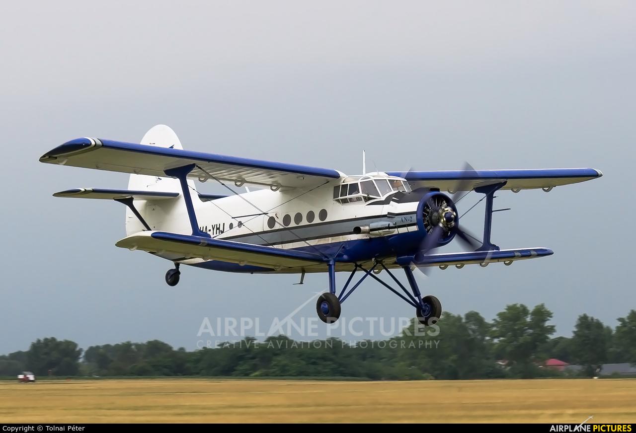 Private HA-YHL aircraft at Dunakeszi
