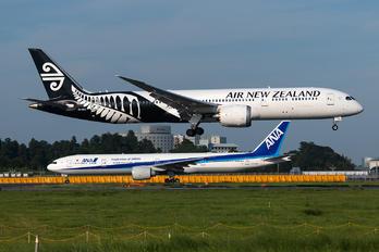 ZK-NZG - Air New Zealand Boeing 787-9 Dreamliner
