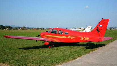 S5-DHM - Private Piper PA-28-161 Cherokee Warrior II