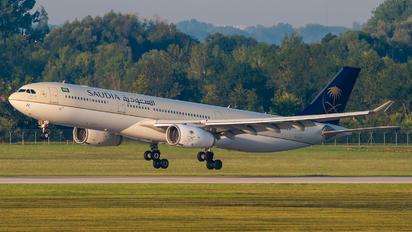 HZ-AQ22 - Saudi Arabian Airlines Airbus A330-300