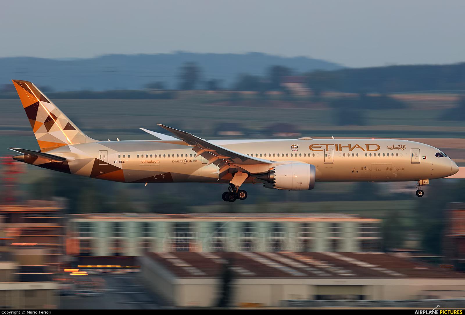 Etihad Airways A6-BLL aircraft at Zurich