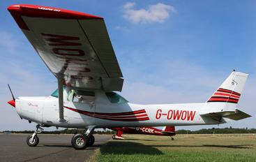 G-OWOW - Private Cessna 152