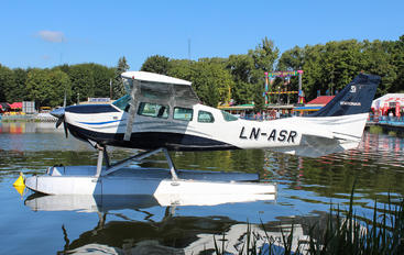 LN-ASR - Private Cessna 206 Stationair (all models)