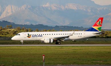 ZS-YAF - South African Airlink Embraer ERJ-190 (190-100)