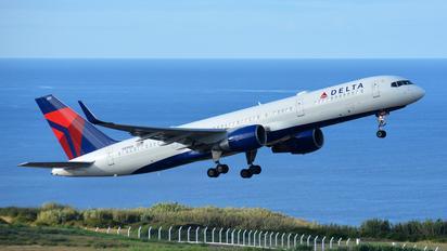 N819DX - Delta Air Lines Boeing 757-200WL