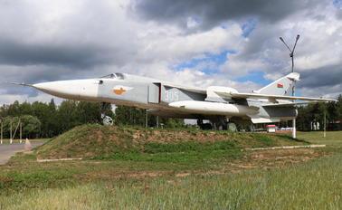 305 - Belarus - Air Force Sukhoi Su-24M