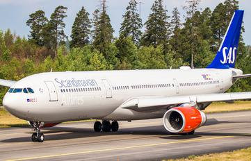 LN-RKR - SAS - Scandinavian Airlines Airbus A330-300