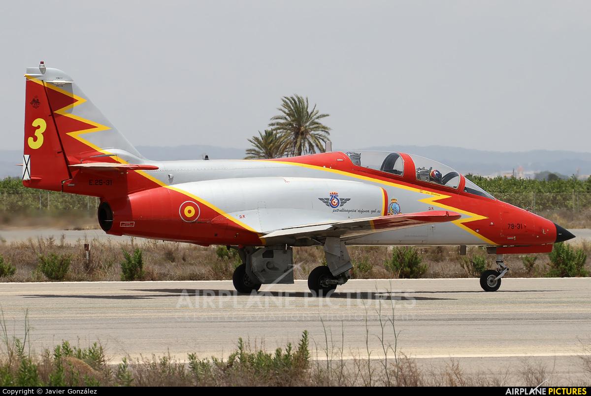Spain - Air Force : Patrulla Aguila E.25-31 aircraft at Murcia - San Javier