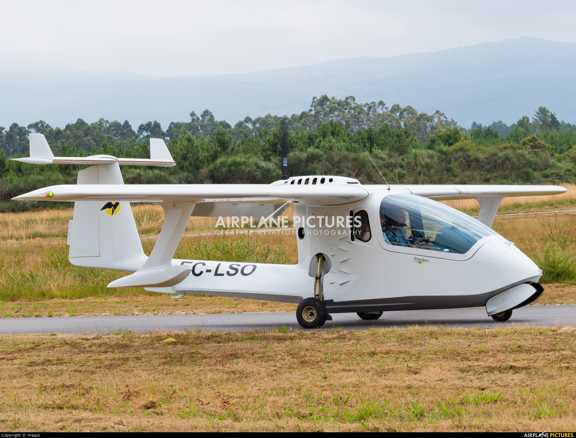 Private EC-LSO aircraft at Aerodrome Cerval