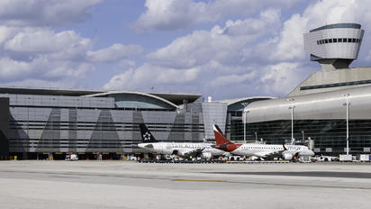 KMIA - - Airport Overview - Airport Overview - Terminal Building