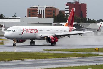 N697AV - Avianca Airbus A321